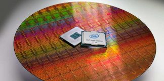Intel® Xeon® Processor E7 v3 wafer and CPU package
