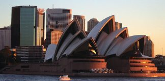 ANZ signs AU$450 deal with IBM