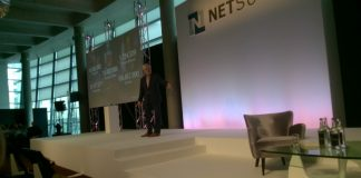 Zach Nelson, CEO Netsuite on stage at Clour Tour Europe in London (C) S Brooks