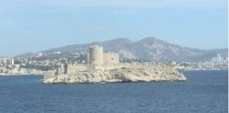 Microsoft bids to acquire Secure Islands (if Castle) Image credit Freeimages.com/Arnaud Mathon
