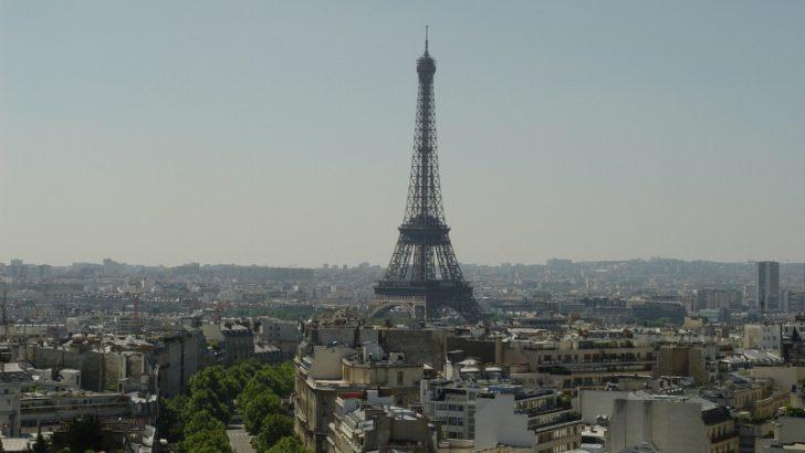 Paris (image credit Freeimages.com/Benjamin Thorn)
