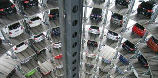 Automobile manufacturors need to evolve their supply chain.Pixabay/Bilderandi
