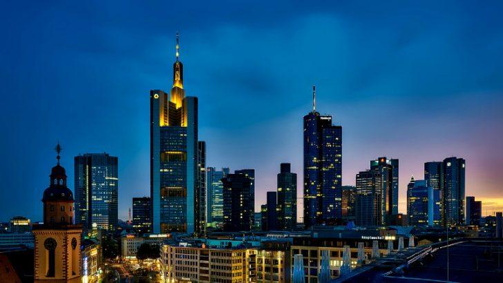 Frankfurt, Germany (Image source pixabay/tpsdave)