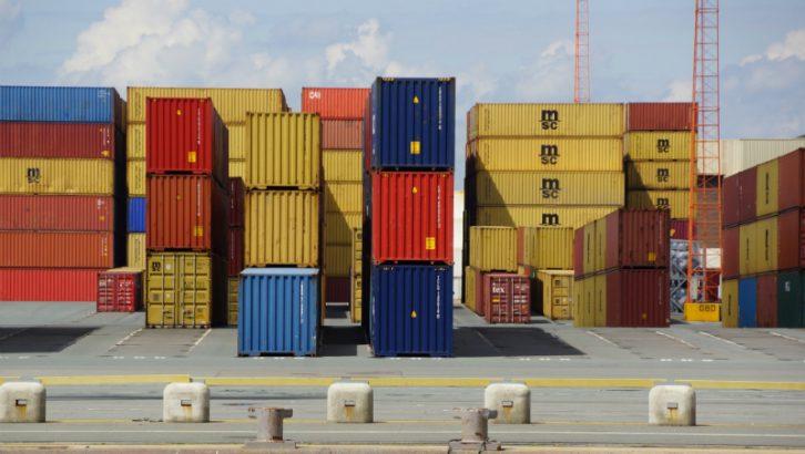 Antwerp Containers (https://pixabay.com/en/antwerp-belgium-container-2019990/)