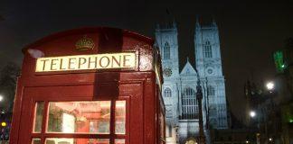 Telephone box, London Image (Pixabay/Skitterphoto)