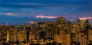 Sao Paulo (https://pixabay.com/en/sao-paulo-skyline-cityscape-evening-980460/)