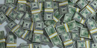 Credit Union (https://pixabay.com/en/packs-pile-money-finance-currency-163497/)