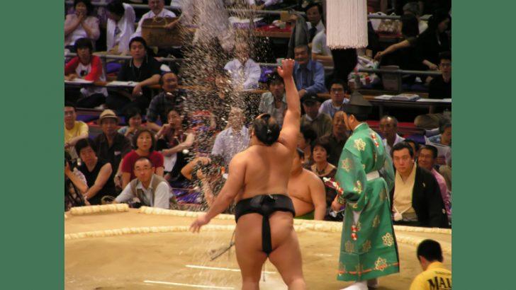 Sumo throwing salt Image credit Freeimages/Alexander Warnolf