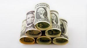 Dollars (https://pixabay.com/en/dollar-money-currency-trade-1974694/)