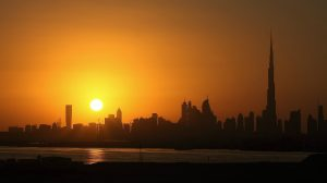 Dubai (https://pixabay.com/en/night-dubai-sunset-2295094/)