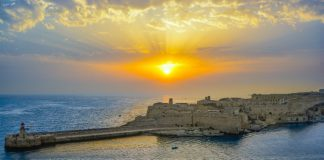 Sunrise over the harbour in Malta (Image credit Pixbay/KirkandMimi)