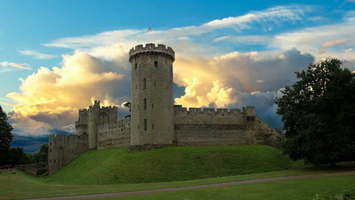 Warwick castle: Warwick Castle : Image credit Pixabay/Kdsphotos