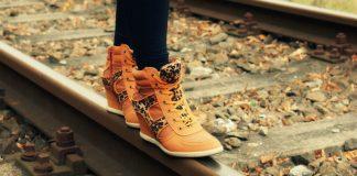 boots track image credit pixabay/blanka