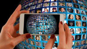 Smartphone HRM Image credit Pixabay/Geralt
