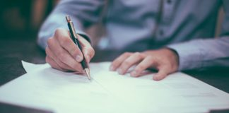 Signed Sealed Delivered Writing Image credit Pixabay/Free-Photos