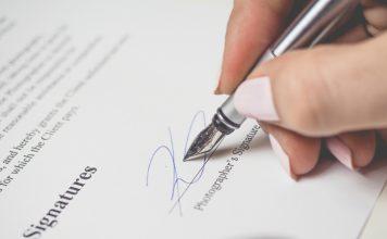 Signature - image source: freeimages.com/energepic.com