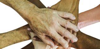 hands Image credit PIxabay/unclelkt