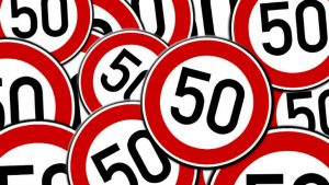 Road sign fifty image credit Pixabay/geralt