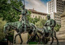 Tilting, Cervantes, Don Quixote Image credit Pixabay/ddzphoto