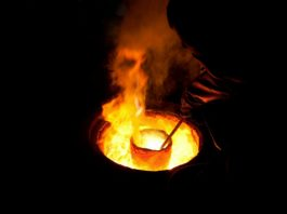 Foundry molten metal Image credit pixabay/skeeze