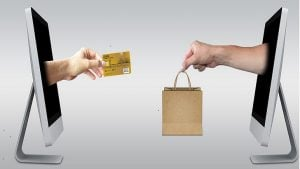 US consumers love online shopping. Hate complex carts. (Image Credit: Pixabay, Mediamodifier)