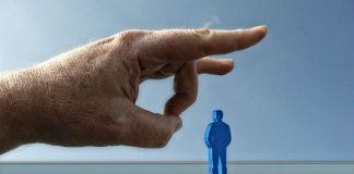 flick hand, Image credit pixabay/Geralt
