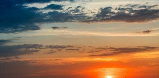 Sunset Industrail Image credit Pixabay/qimono