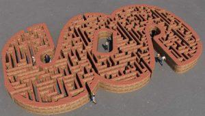 Maze Image credit pixabay/daswortgewand
