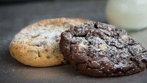 Two cookies, Image credit pixabay/pezibear