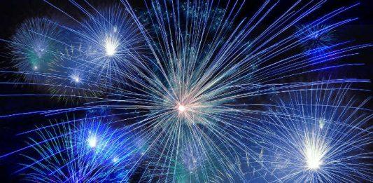 Fireworks Image by Gerd Altmann from Pixabay
