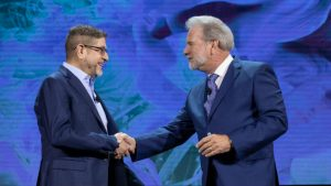 Marc Linden and Rob Reid on stage at Advantage 2019 (c) Sage Intacct