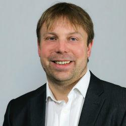 Steve Treagust Global Industry Director-Finance & Strategy IFS