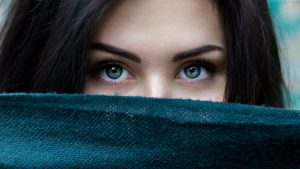 Bizagi Eyes Veil - Image by StockSnap from Pixabay