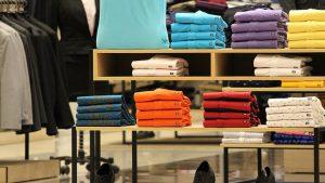 online fashion retail (Image credit/Pixabay/ Ranjat M)
