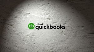 Spotlight QuickBooks - Image by PIRO4D from Pixabay (c) Intuit for logo