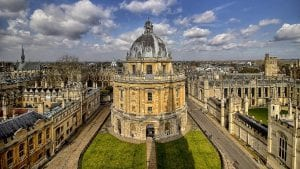 FMB Oxford Image by Alfonso Cerezo from Pixabay