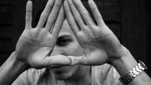 Human Triangle Image by Linus Schütz from Pixabay