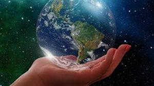 Globe Latam Image by Gerd Altmann from Pixabay