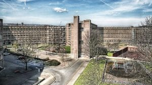 Park Hill, half-abandoned council housing estate, Sheffield, England - Paolo Margari (https://www.flickr.com/photos/paolomargari), CC BY-SA 3.0 <http://creativecommons.org/licenses/by-sa/3.0/>, via Wikimedia Commons