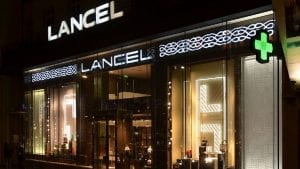 Boutique Lancel, Champs Elysées, Paris © Yann Forget/Wikimedia Commons