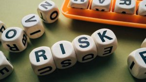 Risk Boggle Image by Wokandapix from Pixabay